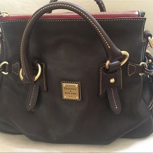 New never used Dooney & Bourke Purse